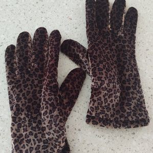 Brown Velvet Animal Print Gloves.